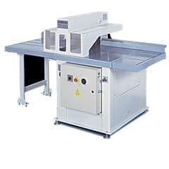 TR-600 - Торцовочный станок (Сечение макс  160*160, мощность 9 кВт, пила 600 мм, масса 550 кг)