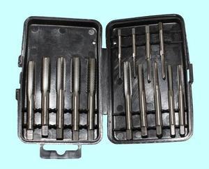 """Набор метчиков из 14 штук (М3-М10) 9ХС в пласт. футляре (SP014-1) """"CNIC"""""""