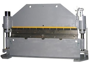 Пресс листогибочный гидравлический ИБ1426