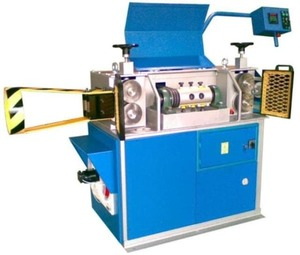 Команд 5/12 - Правильно-отрезной автомат, диаметр проволоки 5 - 12 мм.