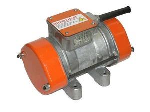 Вибратор площадочный ИВ-99 Б(380 В) 045-0011