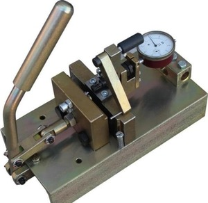 Ручной разводной станок для ленточных пил до 50 мм ПРП 11-00.000